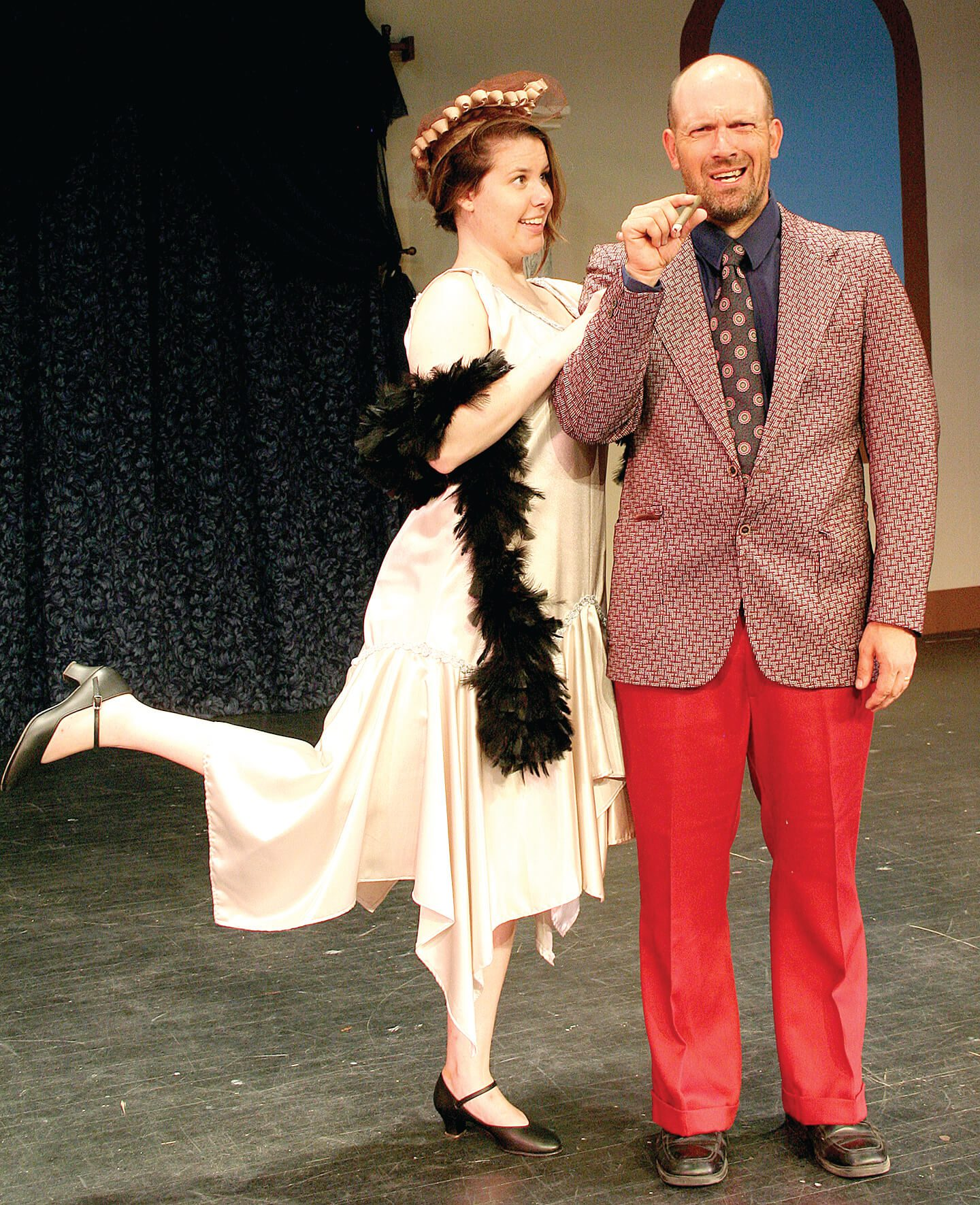 Couple performing on stage during the Drowsy Chaperone
